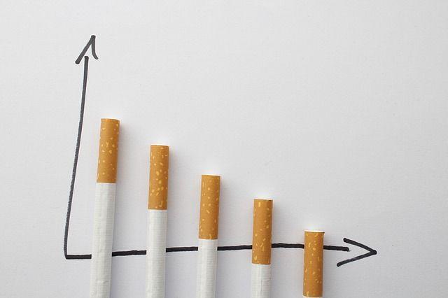 Reducción de cigarrillos para dejar de fumar