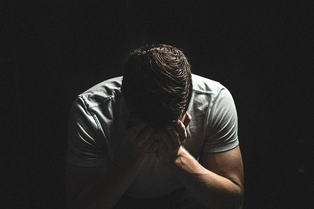 persona con depresión con necesidad de psicólogos para depresión en madrid